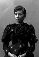 Hanna Resvoll-Holmsen